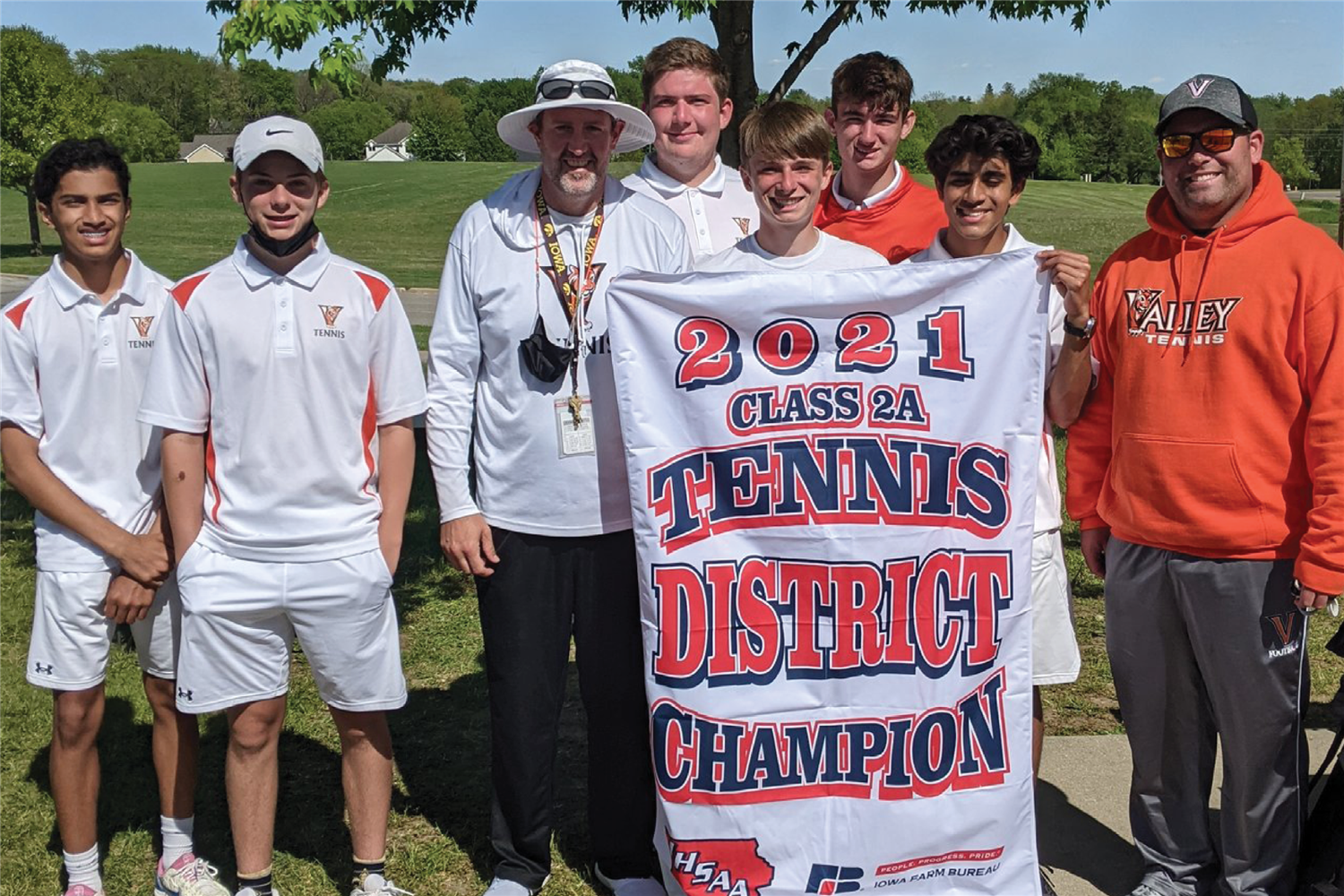 valley boys' tennis district meet champs